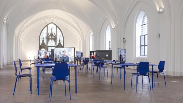 Museet-er-lukket-en-udstilling-om-Knud-Pedersen-2015-Nikolaj-Kunsthal-Installationsview-Foto-Frida-Gregersen
