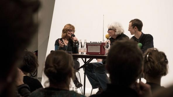 """The Lake: """"Works for Radio"""" (2016). Dokumentation af premiere-event 9. januar 2016. Nikolaj Kunsthal. Foto: Magnus Kaslov"""